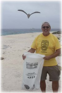 In a partnership with the Tanga-roa Blue Foundation, the VK9WA conducted an island cleanup and inventory of debris for the Aus-tralian Marine Debris Initiative